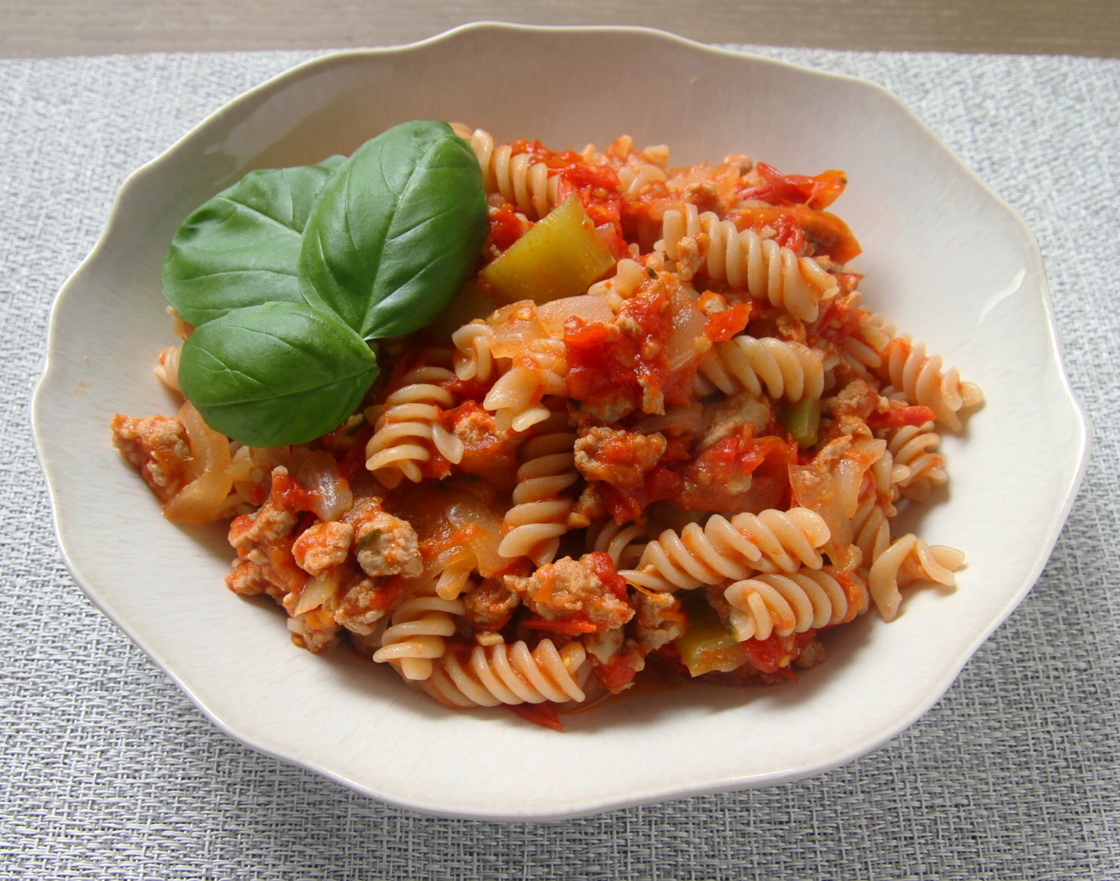 Turkey meat sauce with Holland peppers and onions mixed with GF fusilli pasta.