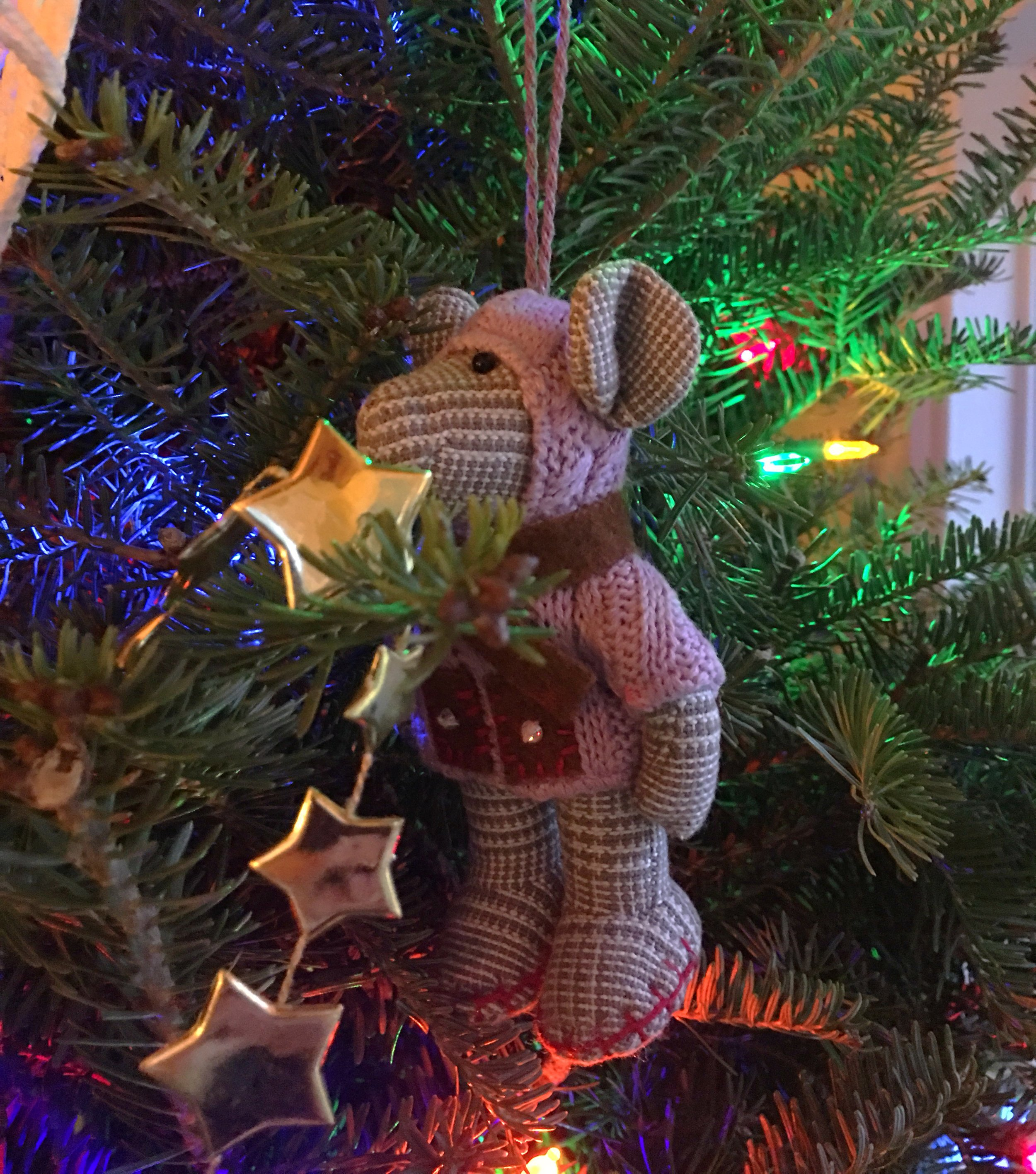 Could this ornament be any cuter?