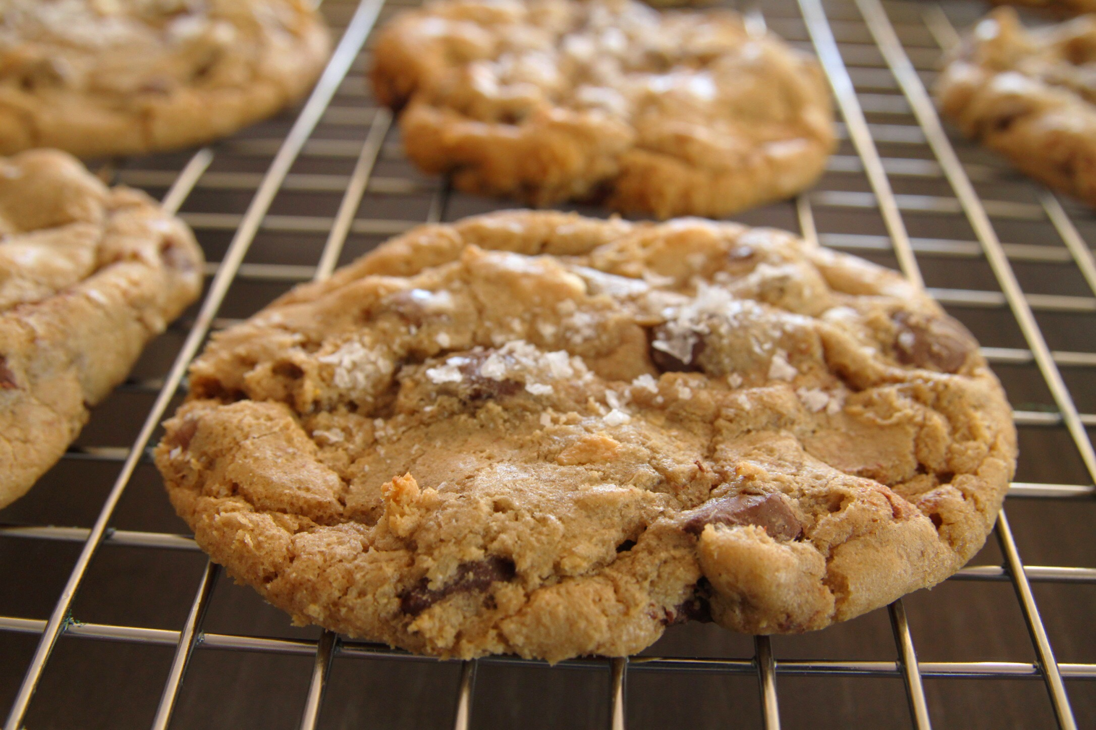 I baked my favorite batch of these GF cookies on New Year's Day which proves that my baking skills are continuing to improve (hooray!) and that my health-focused resolutions of 2018 had to be paused almost immediately. #priorities