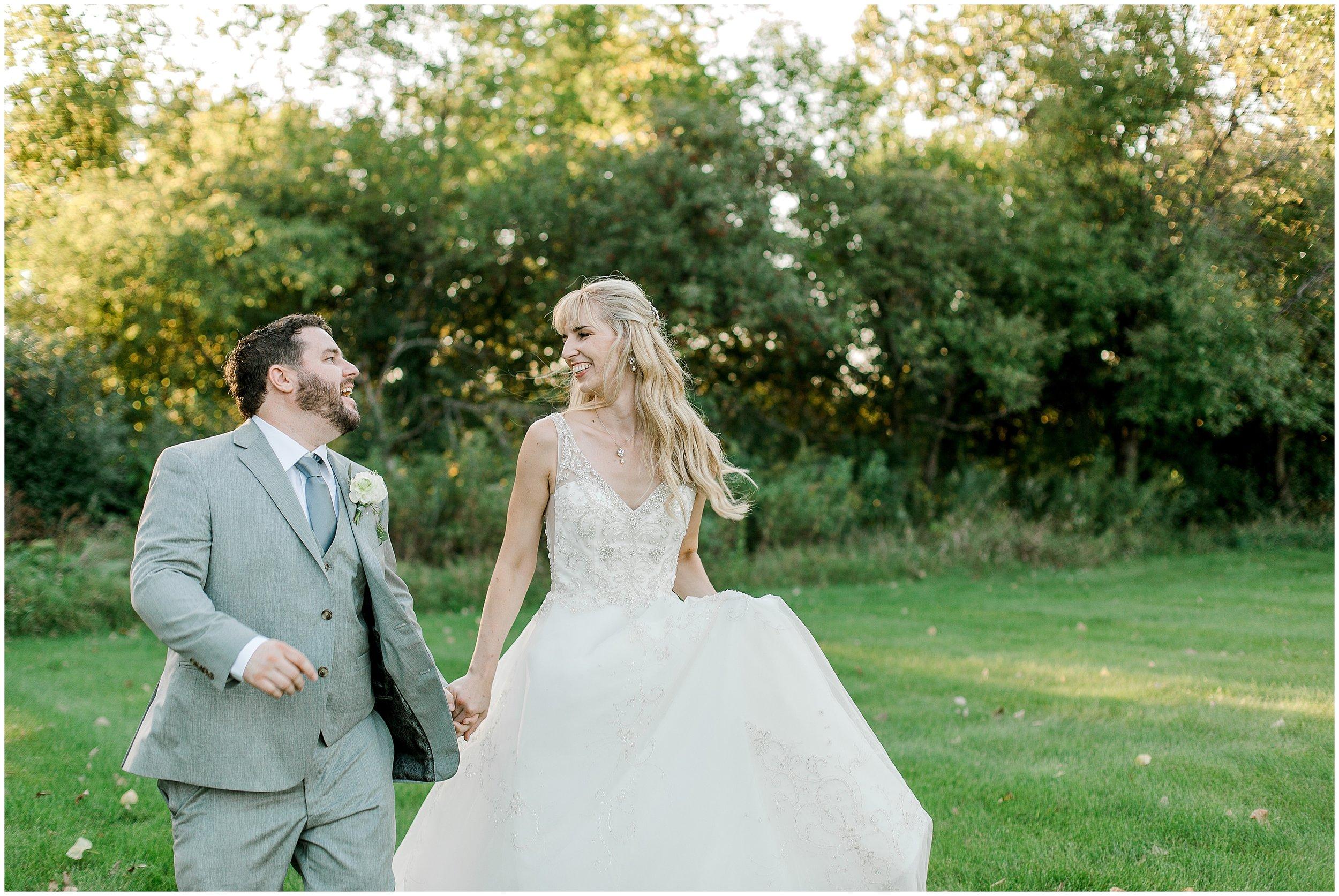Lauren Baker Photography Fort Snelling Memorial Chapel Wedding Minnesota