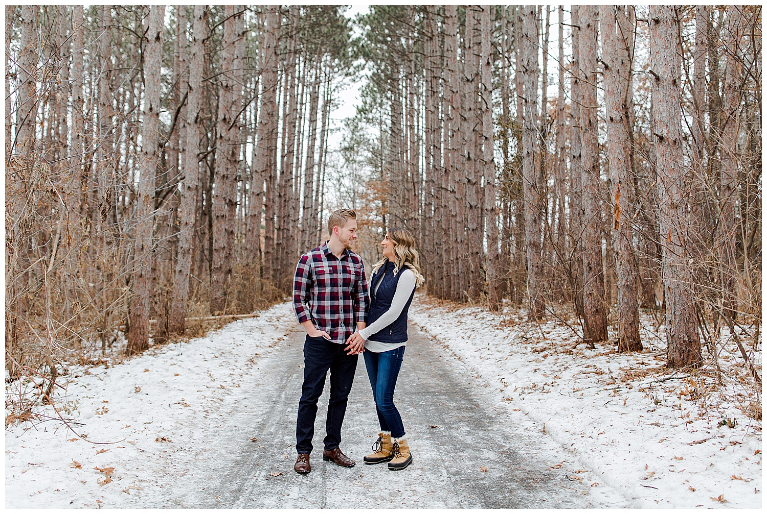 Lauren Baker Photography engagement session Rice Creek North Trail