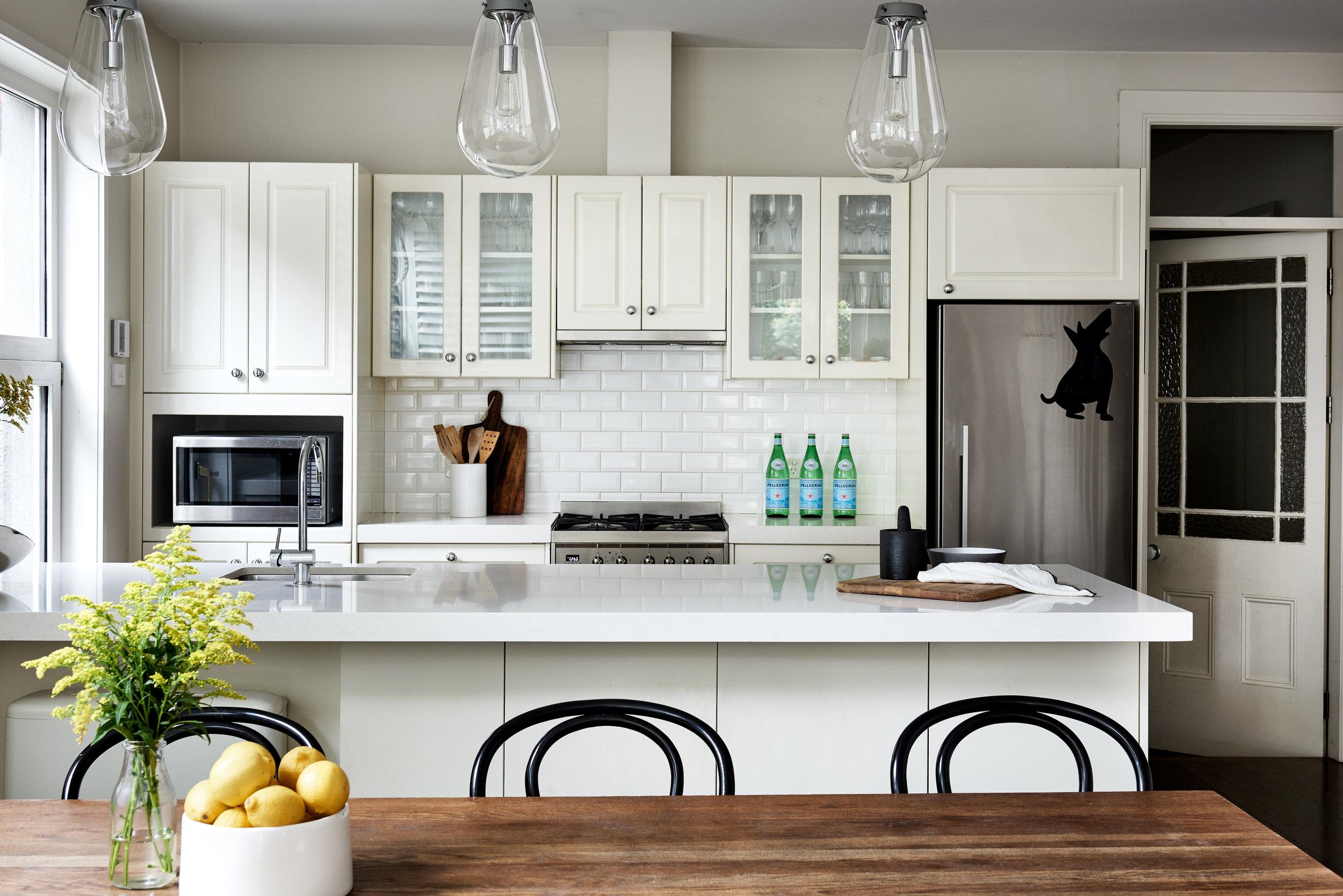 interior-decorating-Liz-Hayward-Styling-for-Sale.jpg