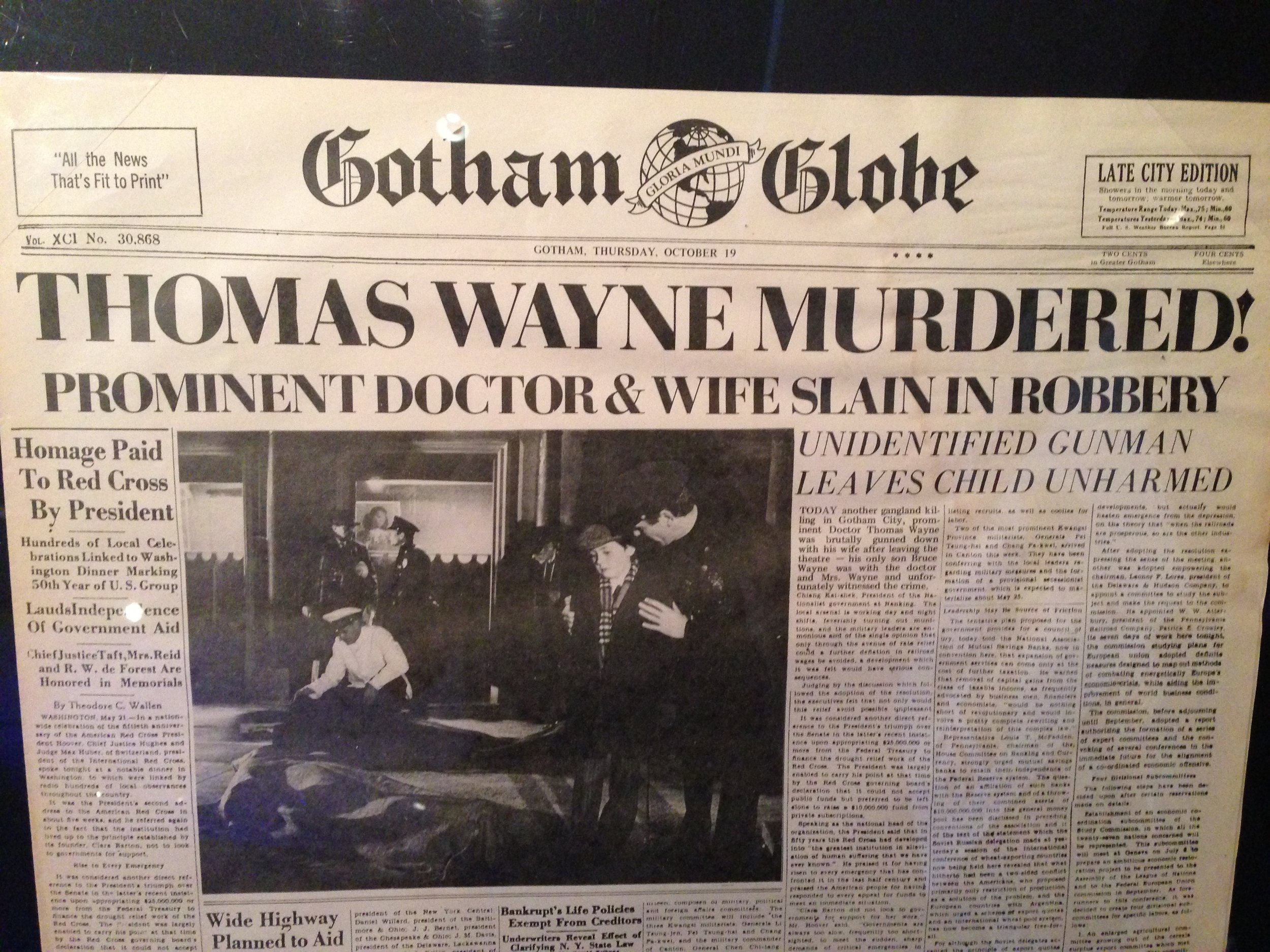 Gotham Globe first appearance of Gordon.JPG