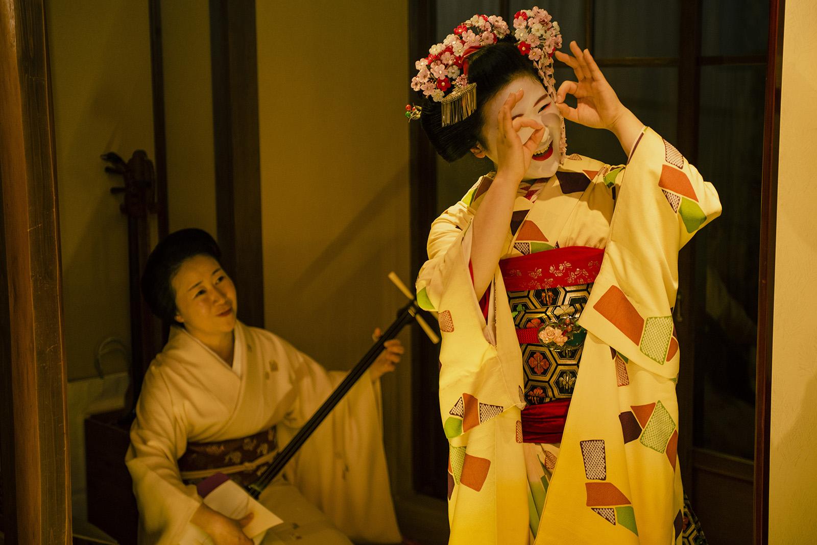 detouur_kyoto_geisha_enkai_dinner_302.jpg