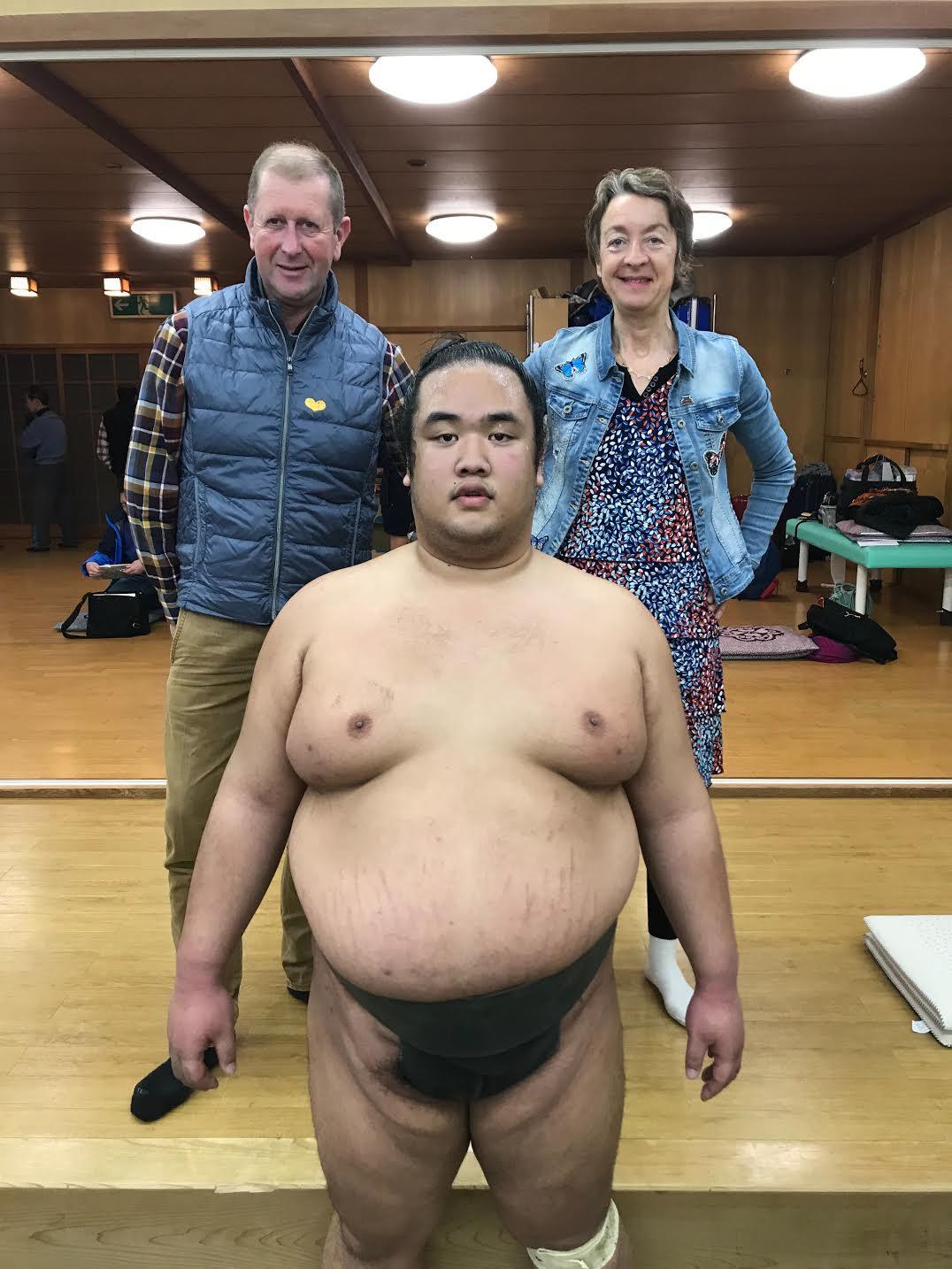 deeperjapan_kyoto_sumo_customer_01.jpg