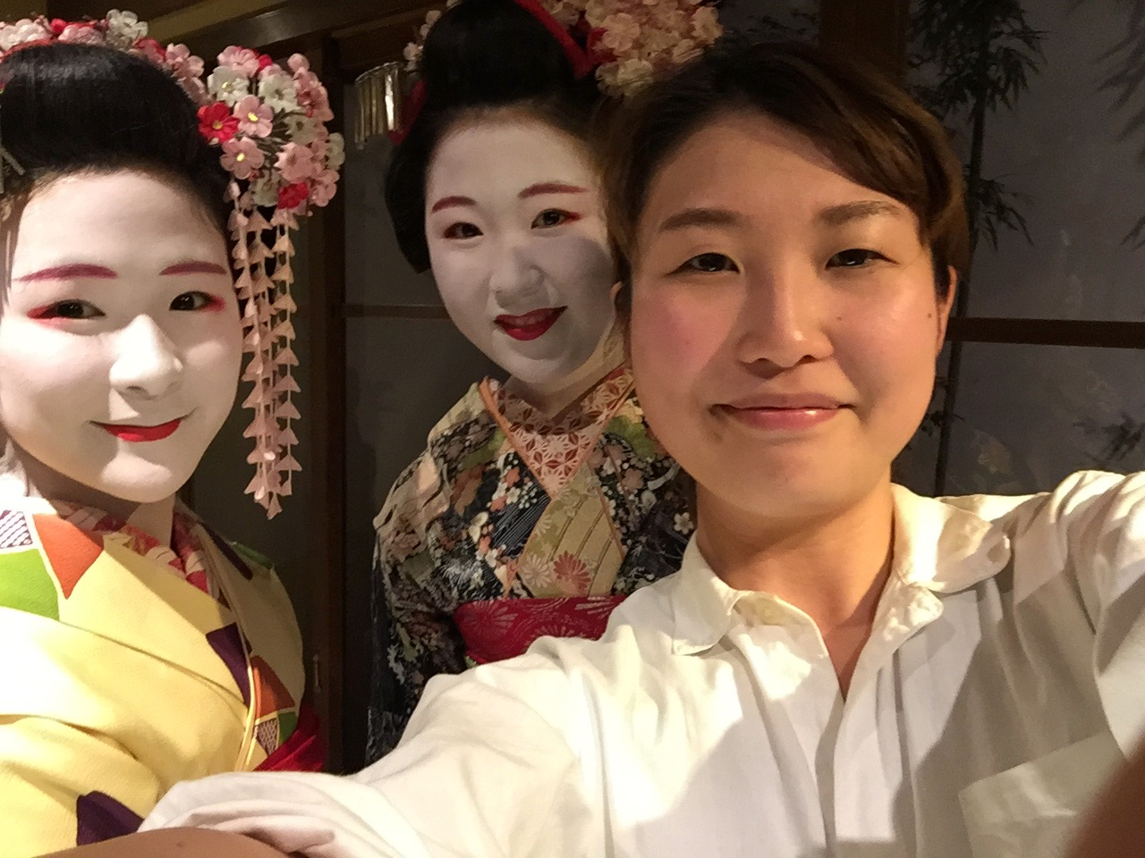 deeperjapan_kyoto_geisha_customer_03.jpeg