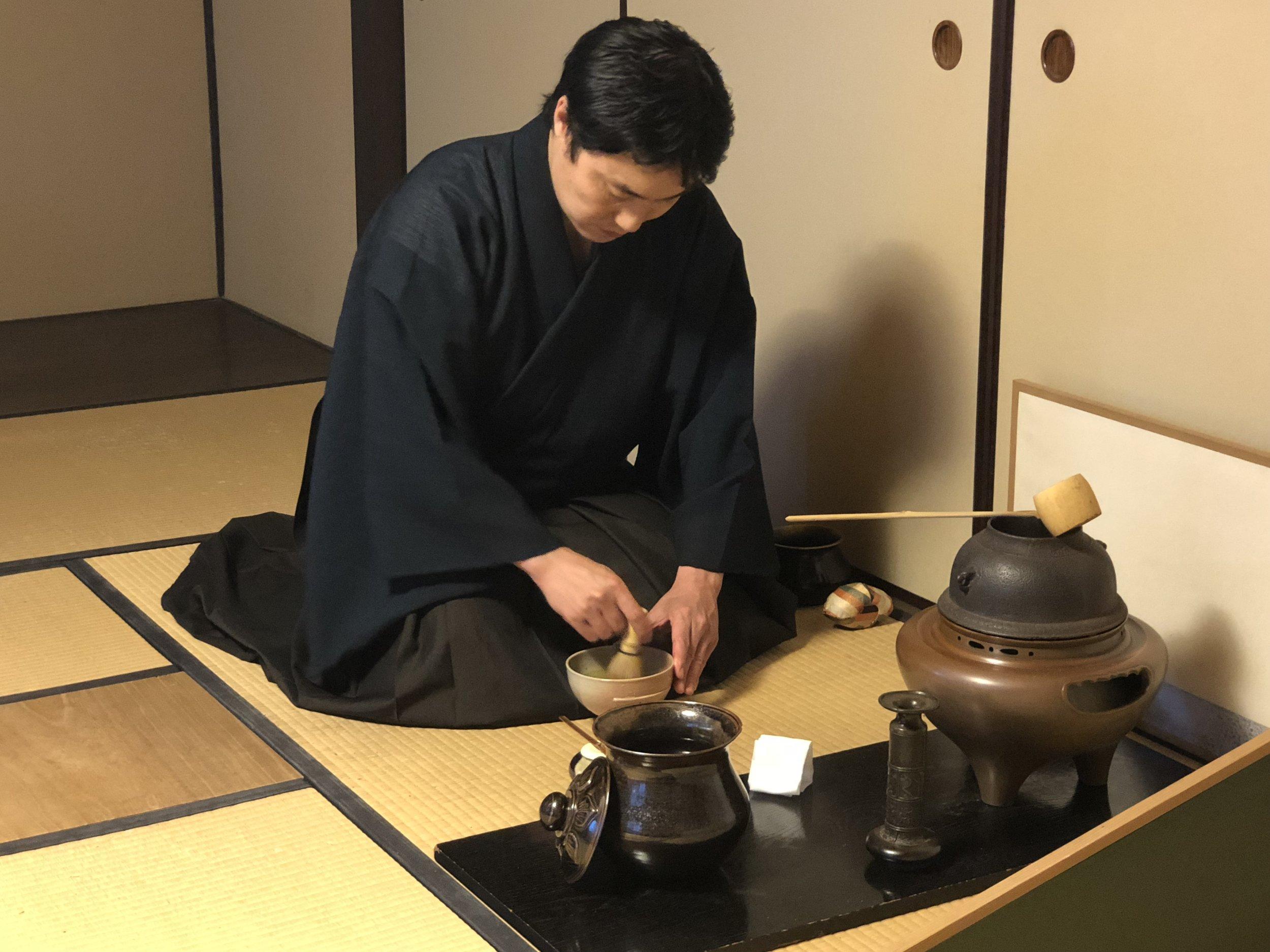 deeperjapan_kyoto_sadou_customer_02.jpg