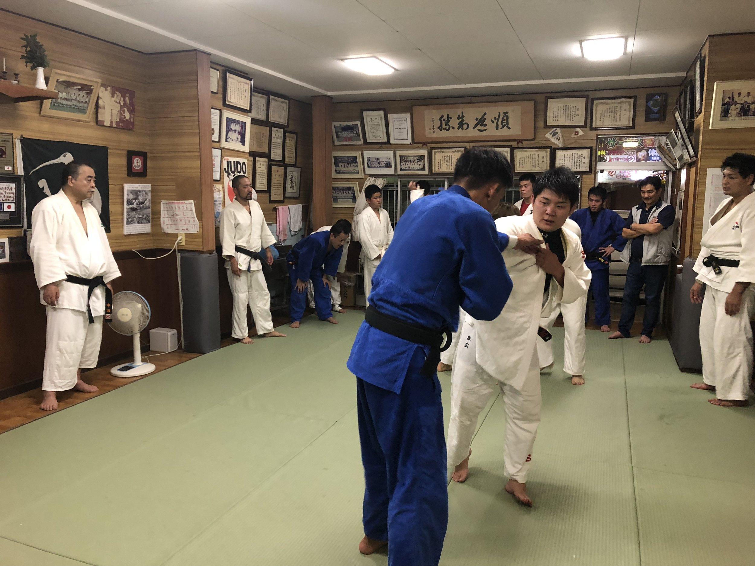 deeperjapan_kyoto_judo_customer_01.jpg