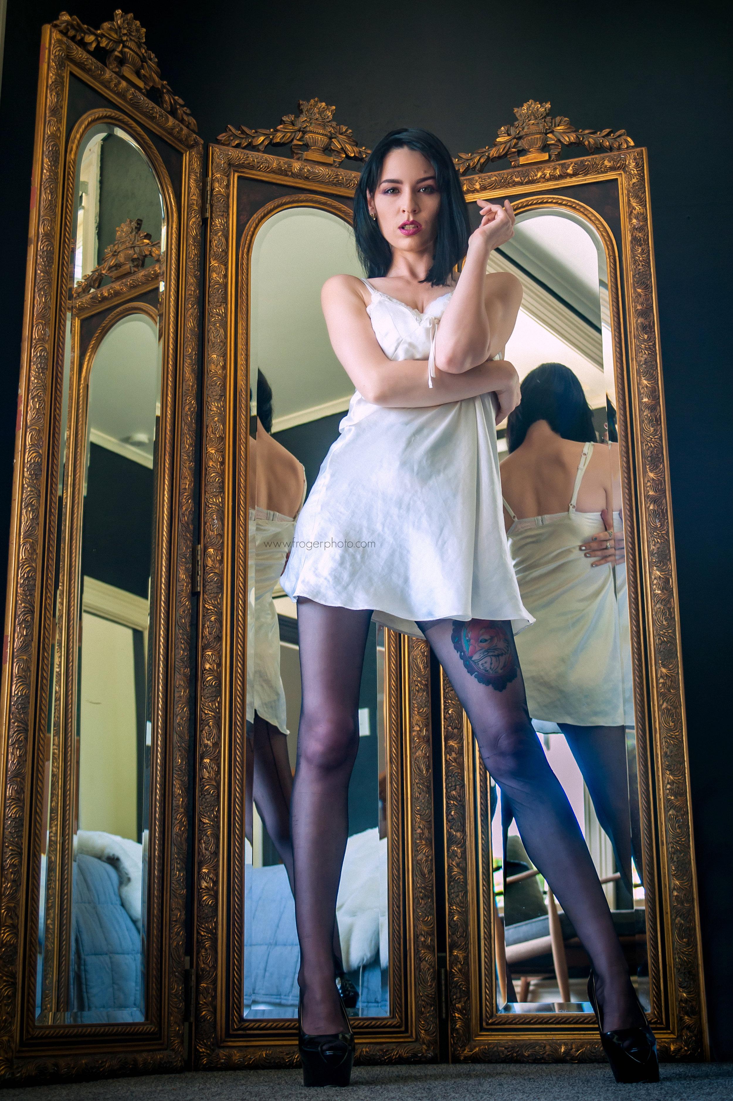 Nicole - Mirror Mirror - Uploaded Dec 16th