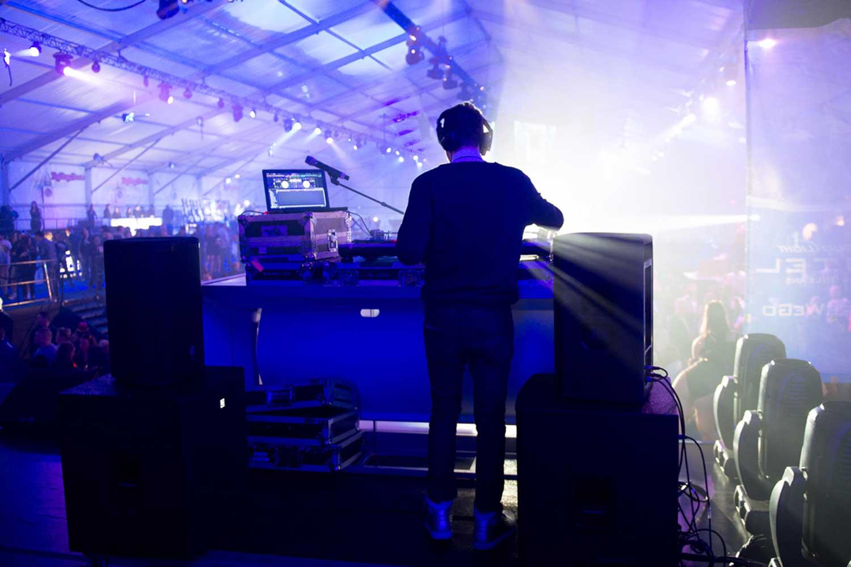 dj-music-production-toast-events.jpg