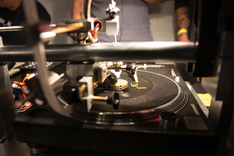 toast-record-interactive-event-elements-entertainment-10twelve.jpg