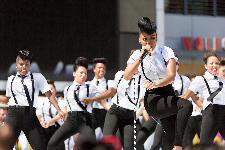 toast-dancer-singer-performer-photography-10twelve.jpg