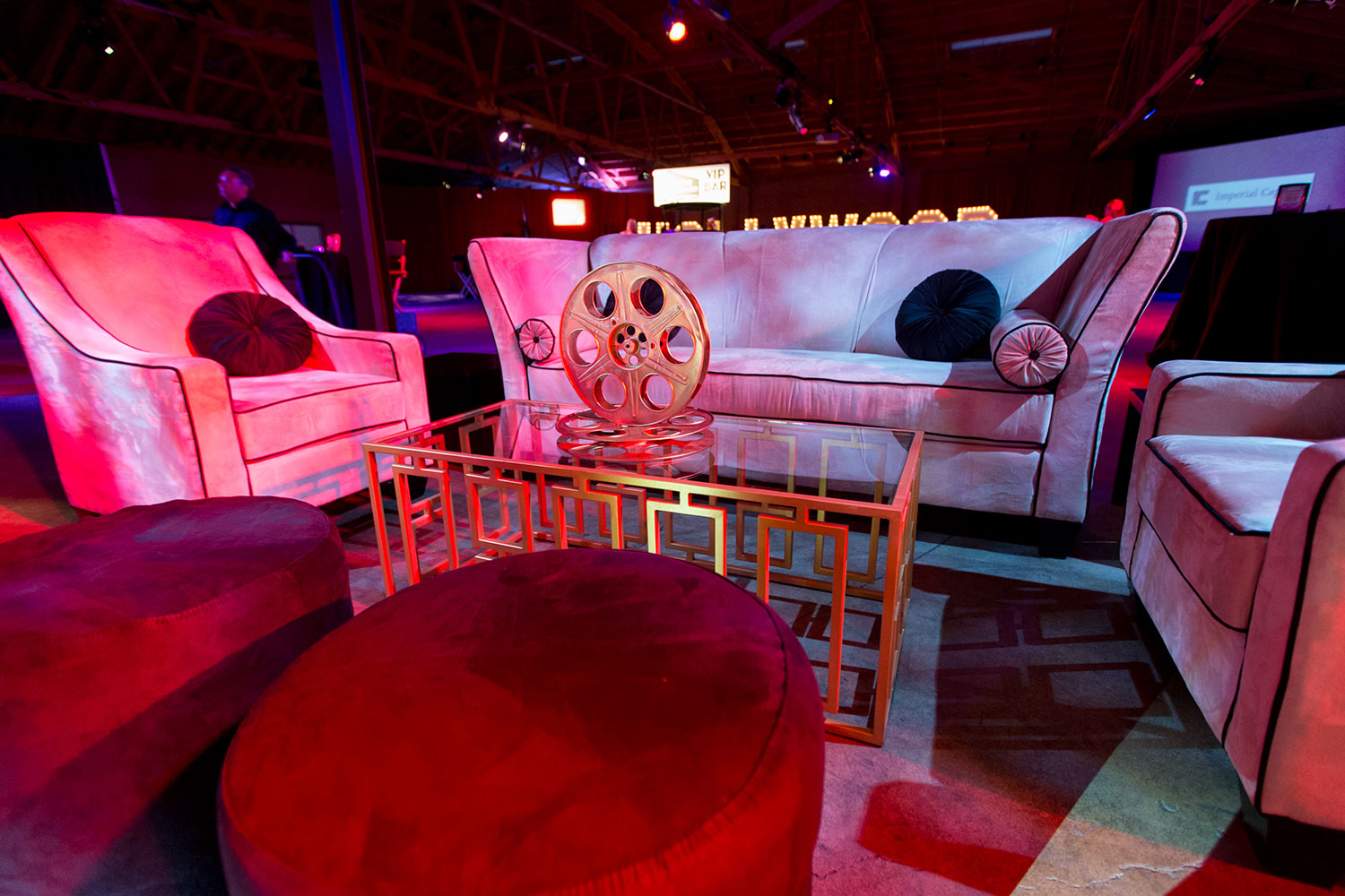 toast-party-event-nightclub-justic-ball-seating-10twelve.jpg