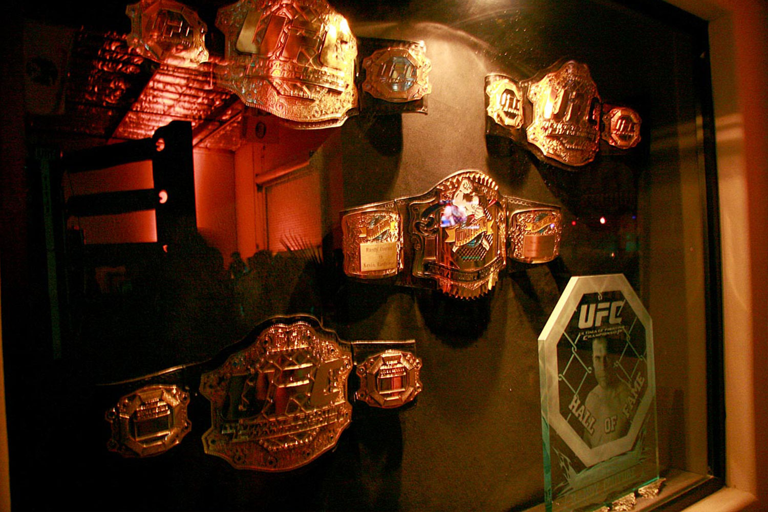 toast-ufc-decoration-party-event-planning-10twelve.jpg