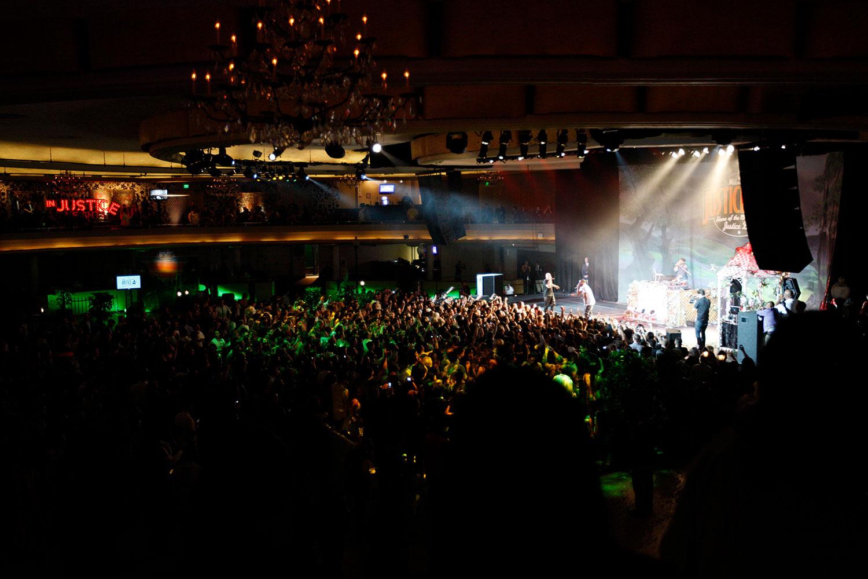 toast-concert-production-tour-chicago-10twelve.jpg