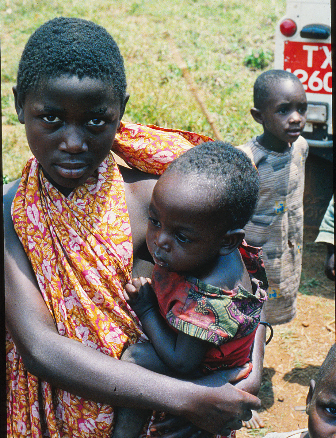 Her-parents-died-of-AIDS-and-now-this-little-girl-is-the-Mama-fo-(deleted-4db1f9aa-9018fc-ffd687bb).jpg