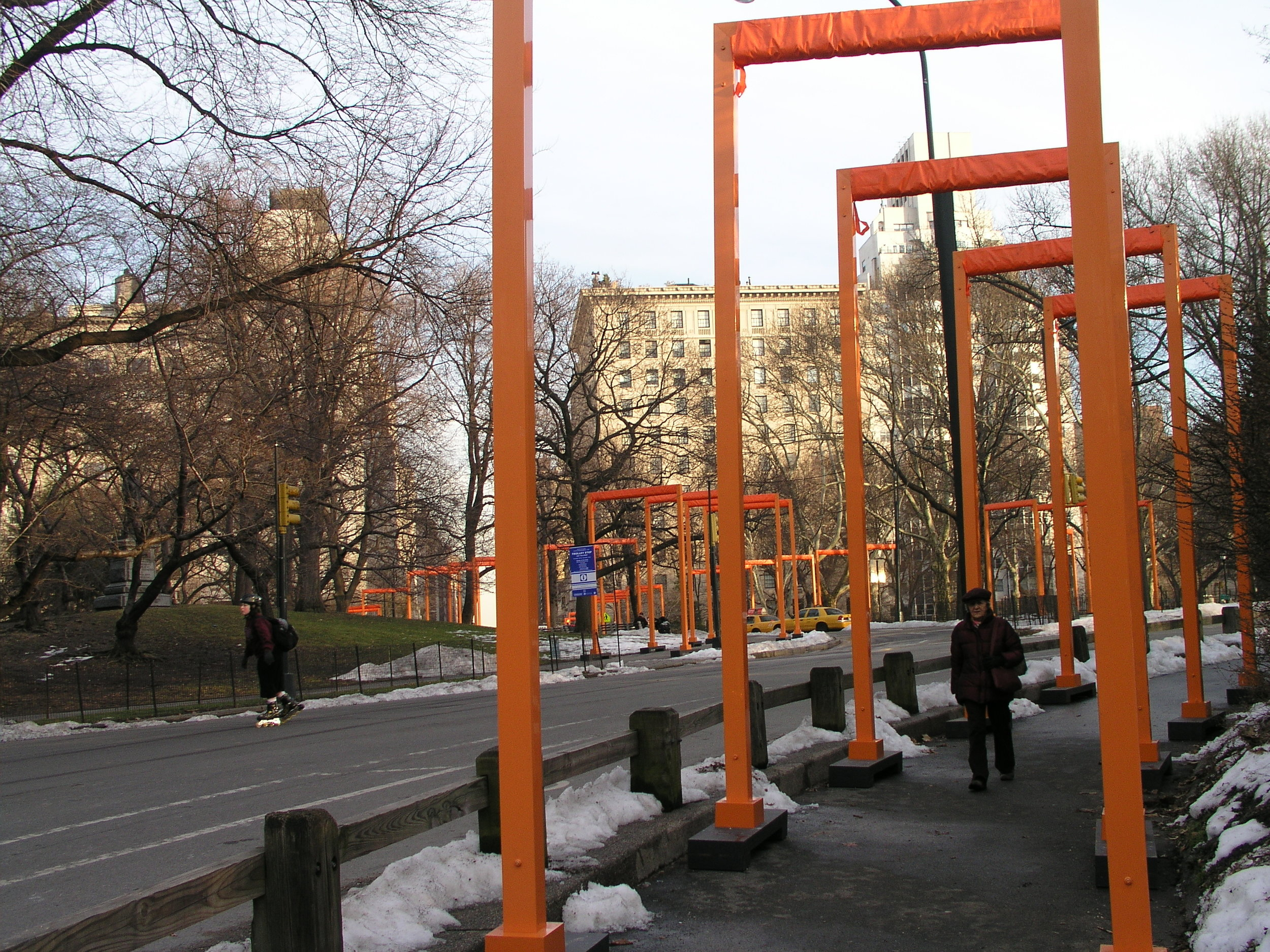 In 2005 100s of volunteers erected Christo Gates in Central Park.4.JPG