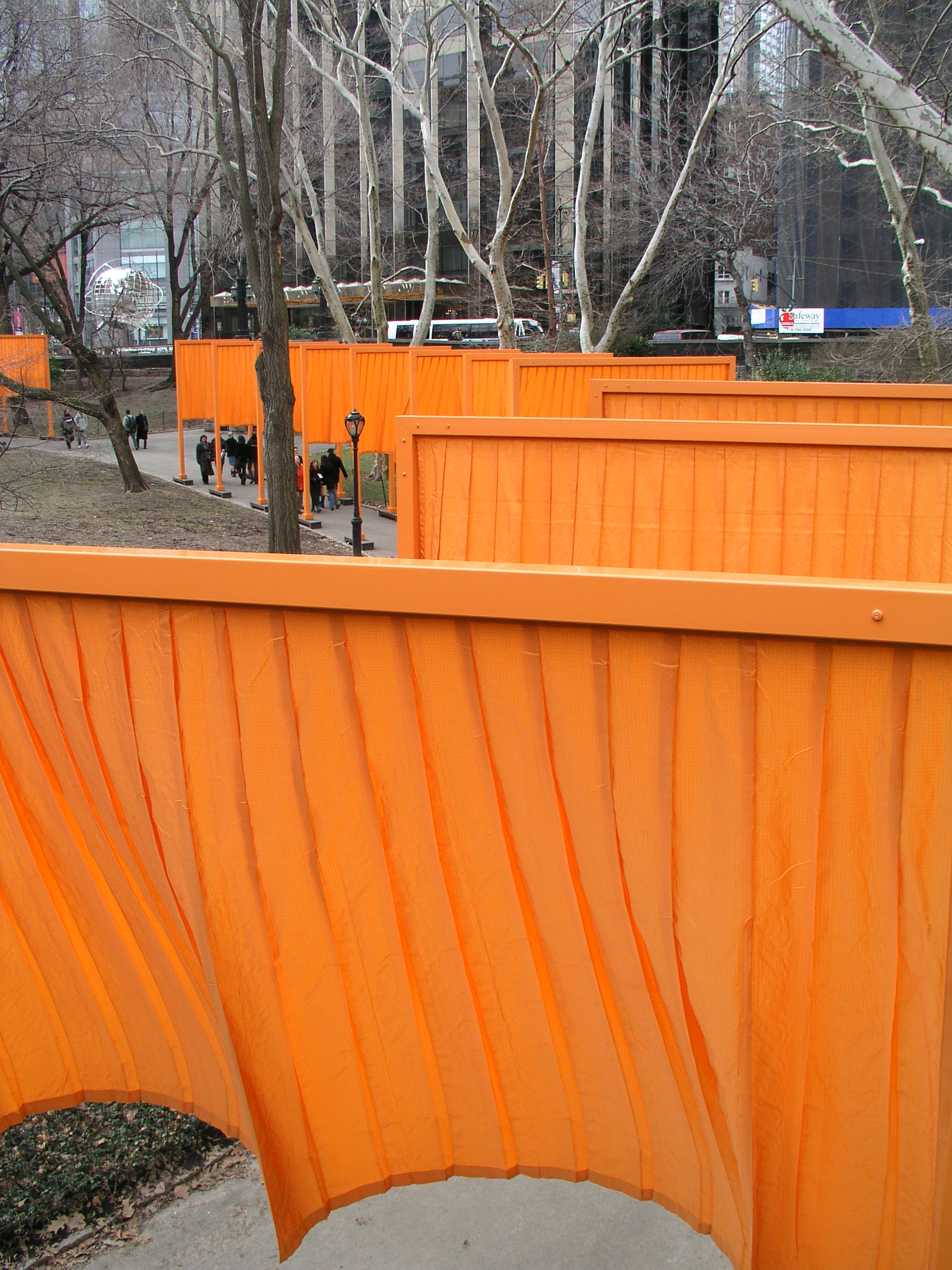 The Christo Gates 2005 in Central Park.2.JPG