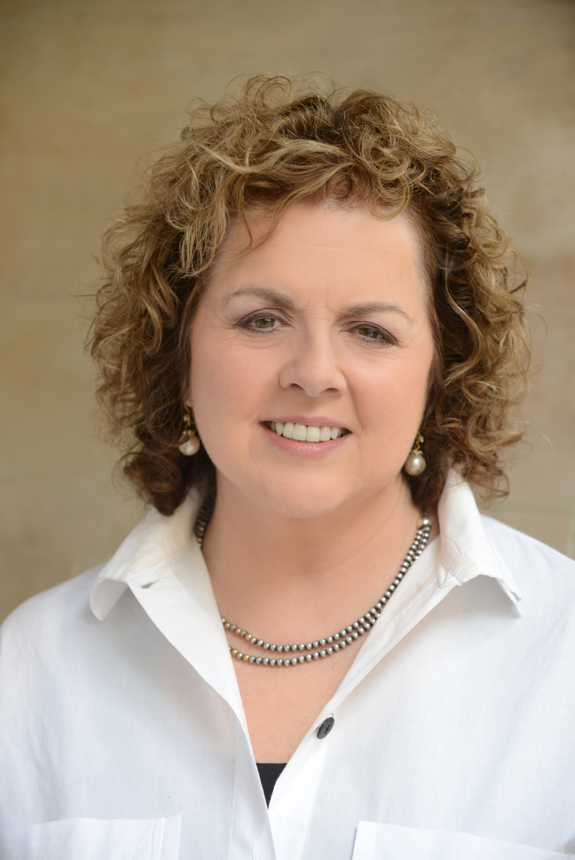 Laurie Garrett Headshot_Personal Website.JPG
