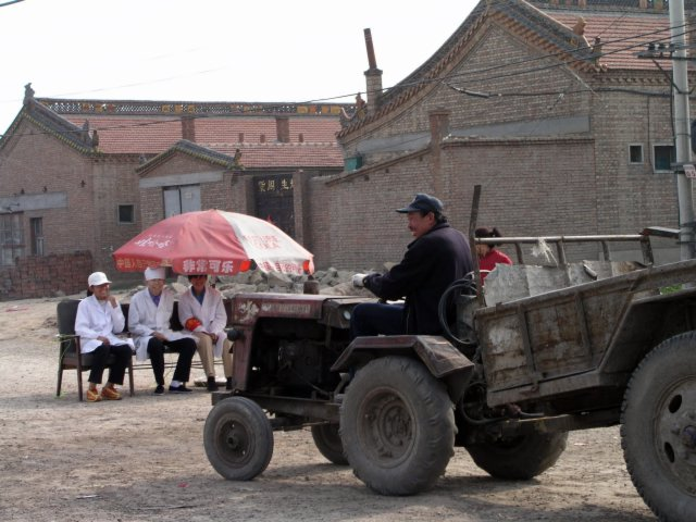 Across the country villagers set up quarantines.5.jpg