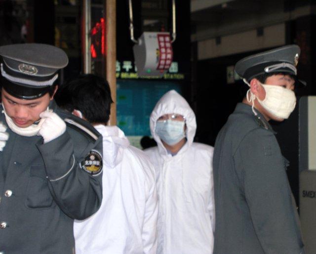 Eventually authorities stopped people fleeing Beijing.jpg