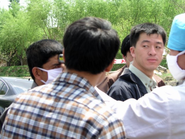 From Shanxi to Hubei to Beijing I saw the epidemic stopped by setting up fever stations, and forcing everybody who had a temp to go to a fever hospital.31.jpg