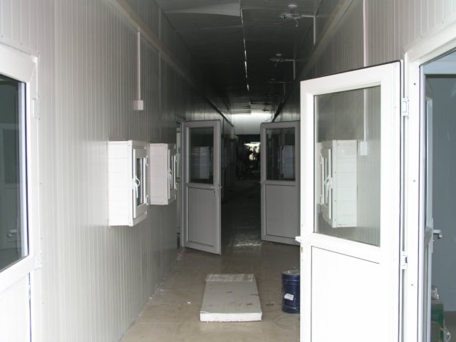 In 7 days Beijing built a SARS hospital complete with negative pressure rooms.7.jpg