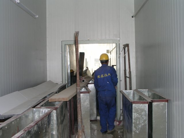In 7 days Beijing built a SARS hospital complete with negative pressure rooms.9.jpg