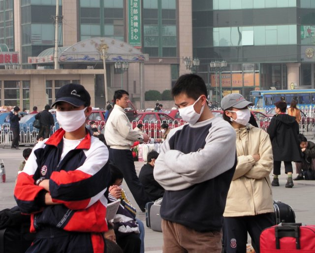 On April 20, 2003 the government admitted it had SARS in Beijing & over next 36 hours 250,000 people fled the city, taking the virus nationwide.14.jpg