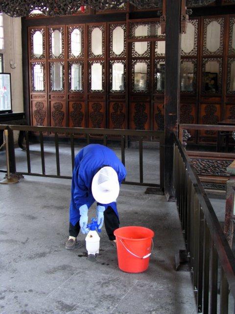 Scrubbing Beijing tourist sites.2.jpg