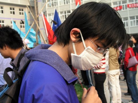 Trapped inside Beijing, students feared SARS and rumored repression .jpg