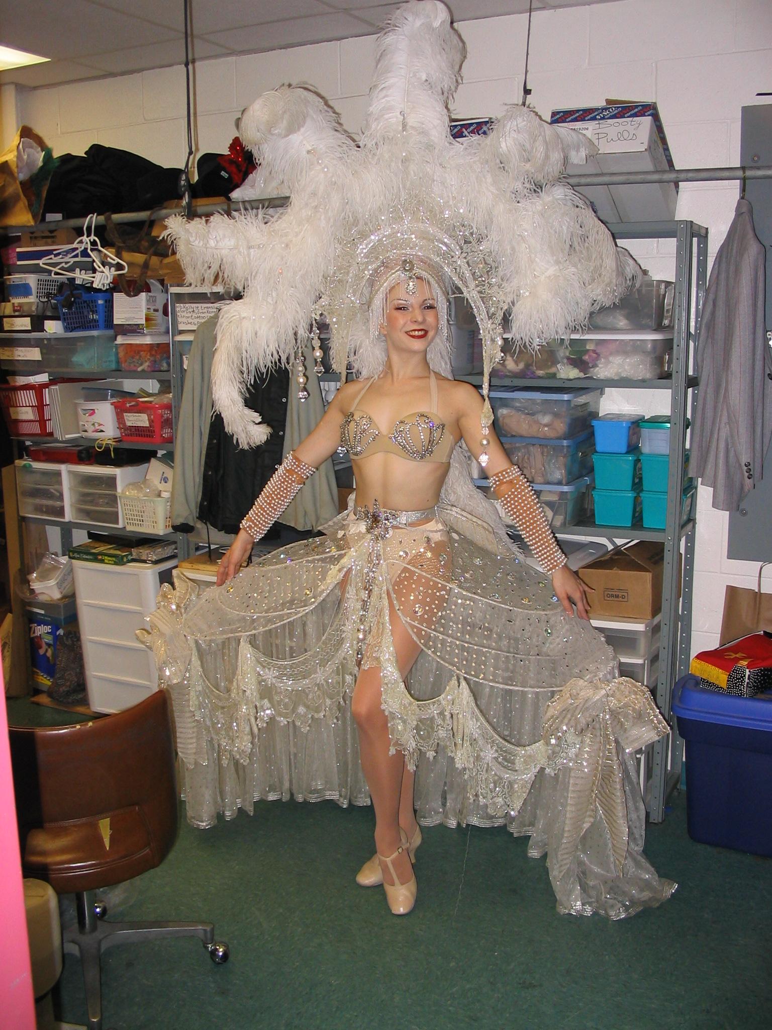 Zelda Zanders in Singin' in the Rain, Westchester Broadway Theatre.