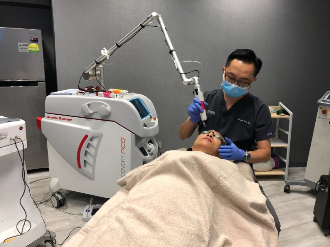 Dr Lim.jpg