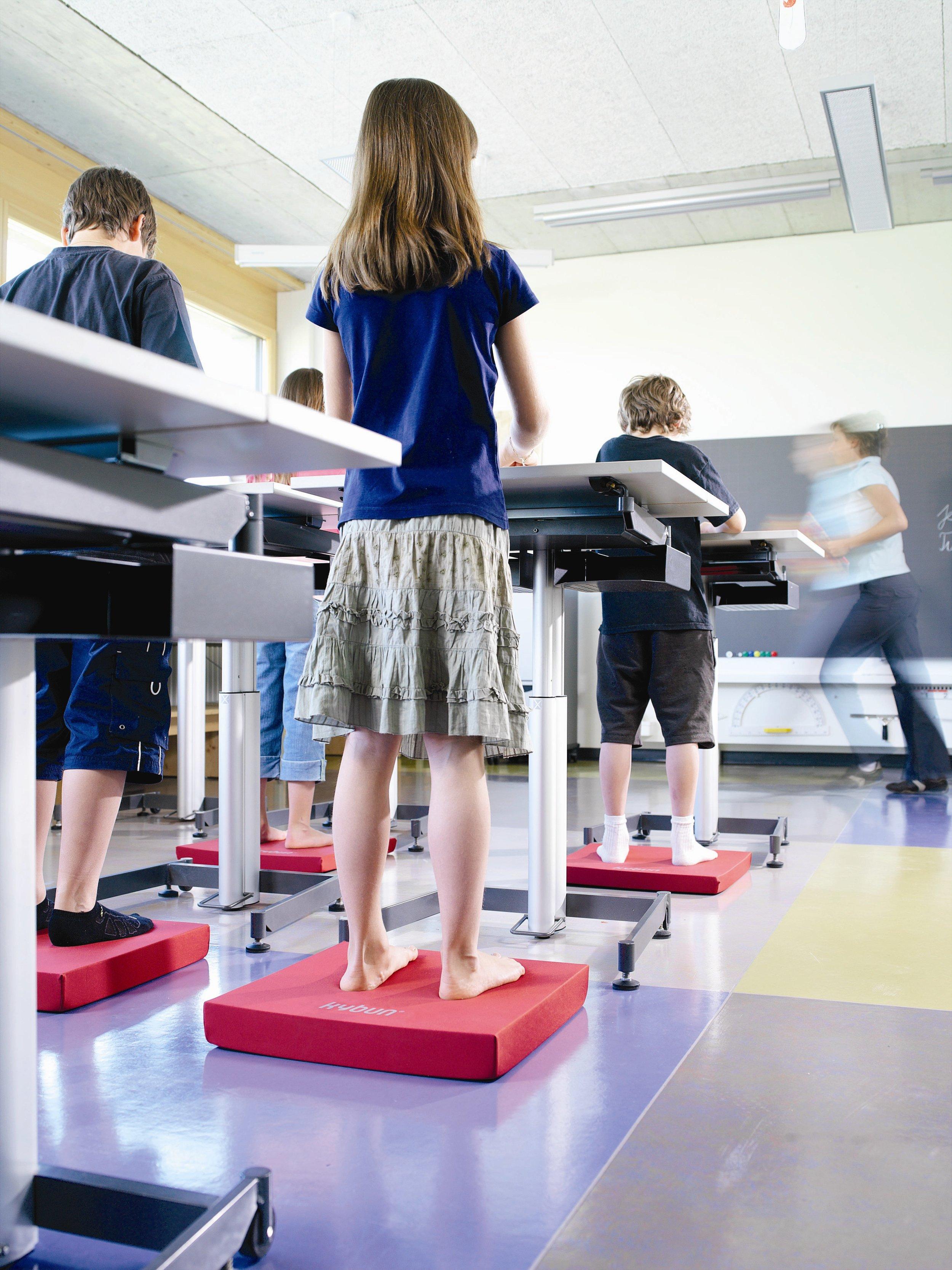kyBounder i skolan! - Erfarenheter från skolor visar att eleverna presterar bättre, har bättre koncentrationsförmåga och mår bättre i allmänhet där kyBounder används.