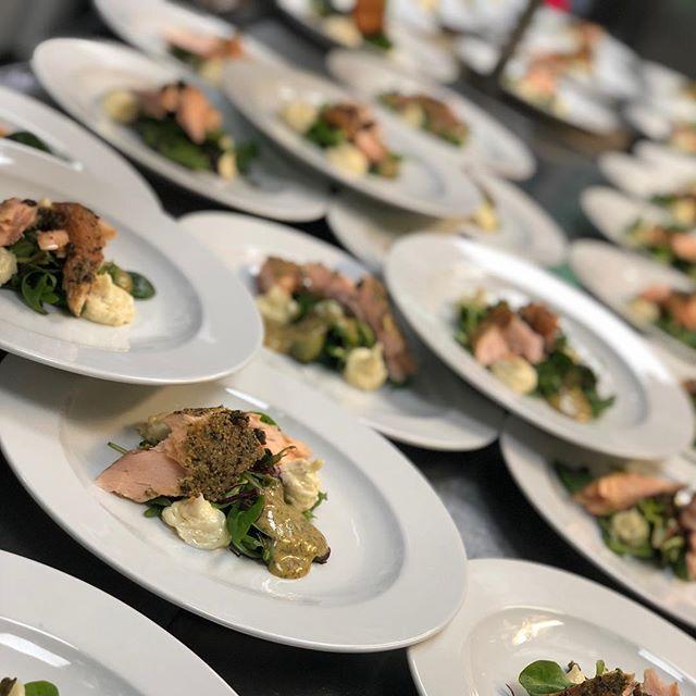 @cafekronhuset #cafekronhuset #fest #event #fisk #evenemang #gbg #göteborg #västkusten #mat #food #fish #salmon #lax #sweden #sverige #kronhusbodarna #starter #förrätt #trerätters #kronhuset