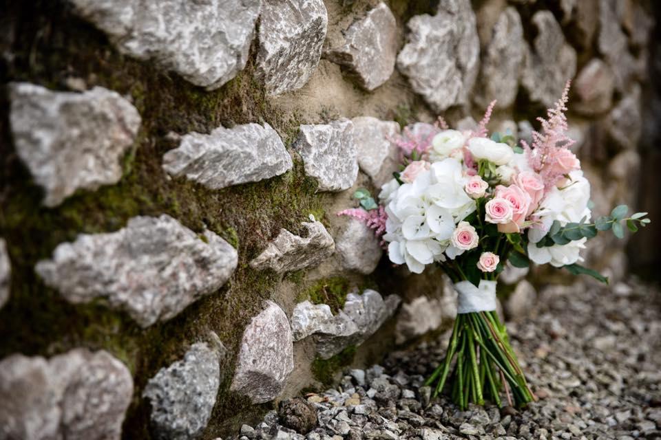pink and white brides bouquet harrogate