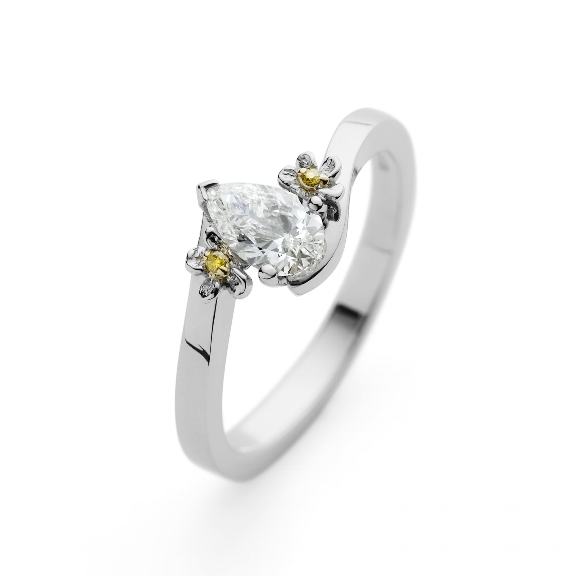 Yvonne engagement ring