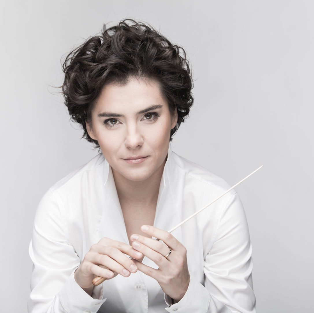 BIOGRAPHY - 2017 saw Marzena Diakun receive the highly regarded Paszport Polityki Prize for 'best artist in classical music' in Poland, her home country. This culminates an exceptional journey, which took her from Wroclaw's Academy of Music to Vienna's Universität für Musik und Darstellende Kunst, before becoming laureate of both the Prague and Fitelberg Conducting competitions. After a highly successful tenure as assistant to Mikko Franck at the Orchestre Philharmonique de Radio France during 2015/2016, Marzena is now travelling the world to conduct the repertoire she cherishes, encompassing works from the classical to modern eras, including contemporary works by Polish composers.Full biographies are available in: EN   FR