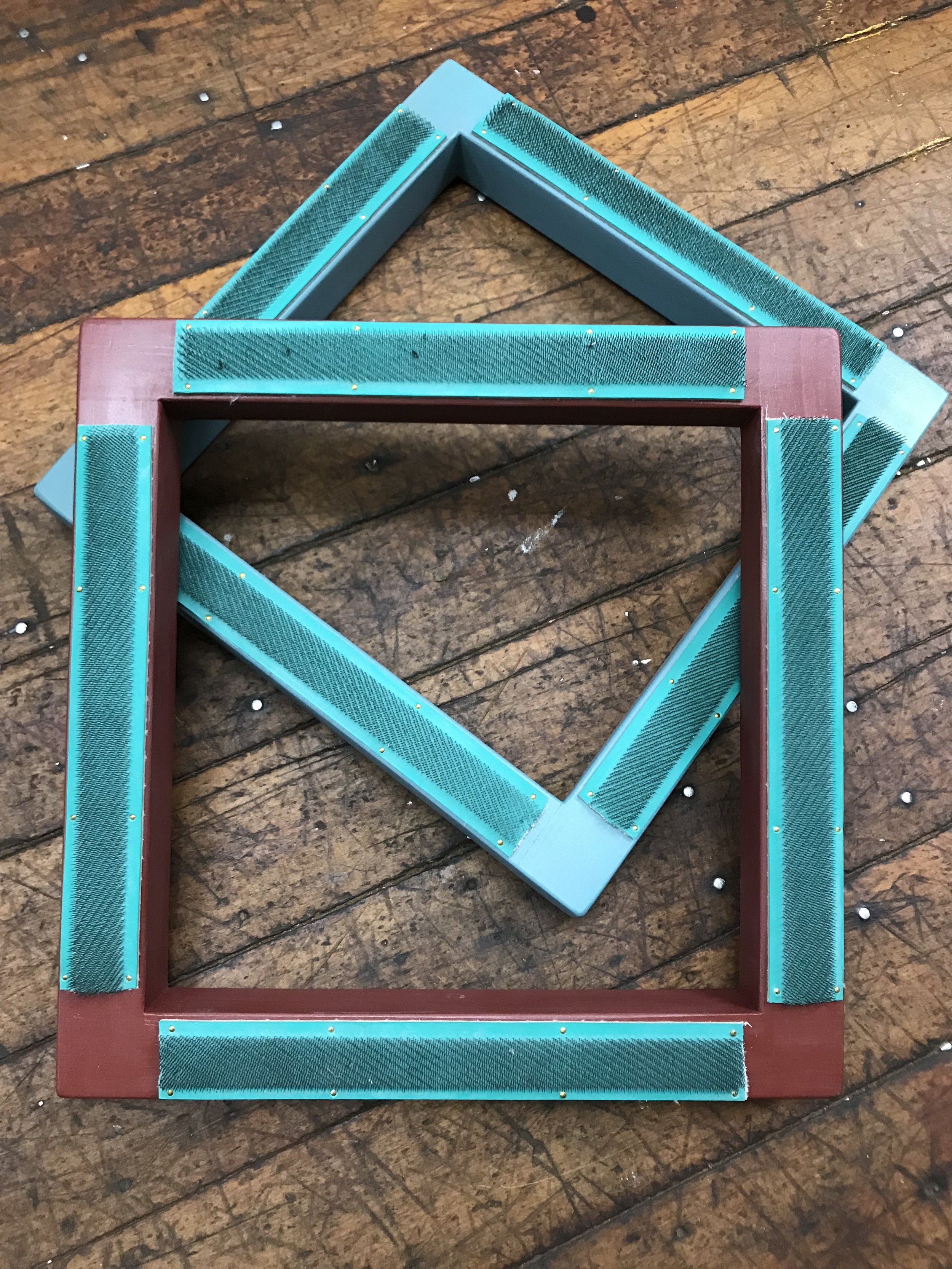 Rug Hooking Frame with Gripper Strips