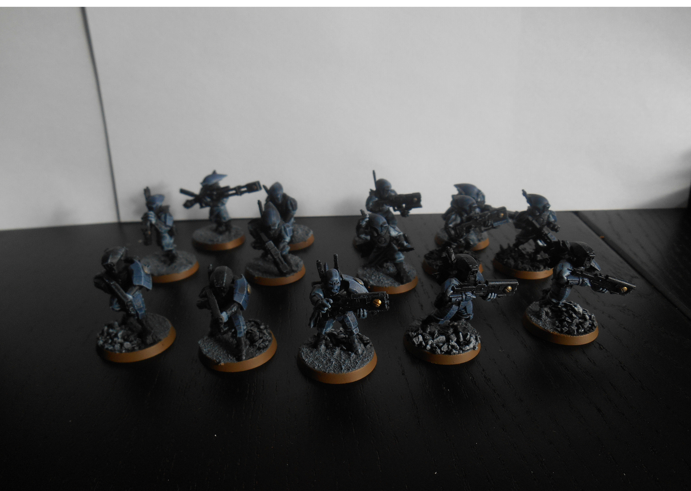 Rapid Intervention Cadre Team 2, a combination of Fire Warrior Breachers and Pathfinders