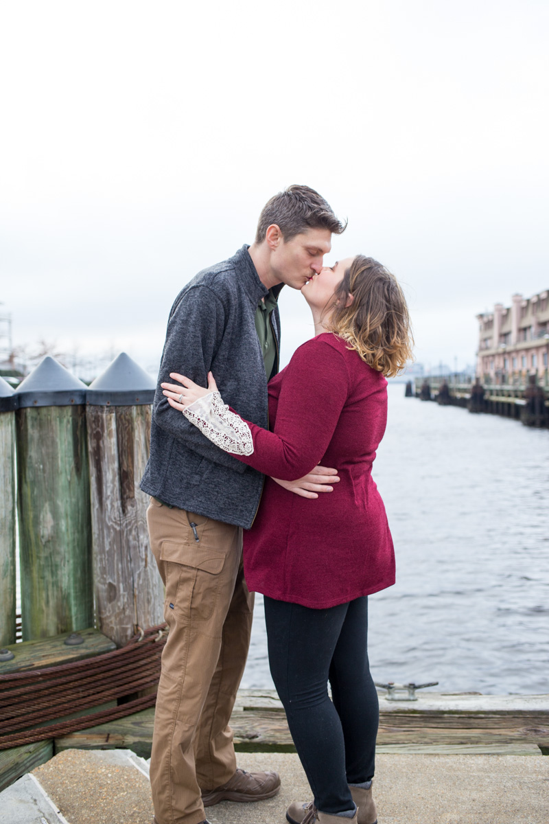 LightCreative_201612_JessicaBen_engagement_007_web.jpg