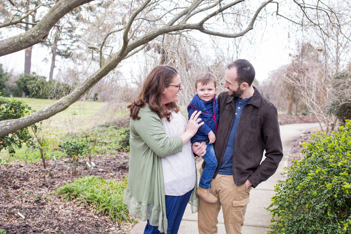 LightCreative_201903_BethRyan_RaleighFamilyPhotography_003_blog.jpg