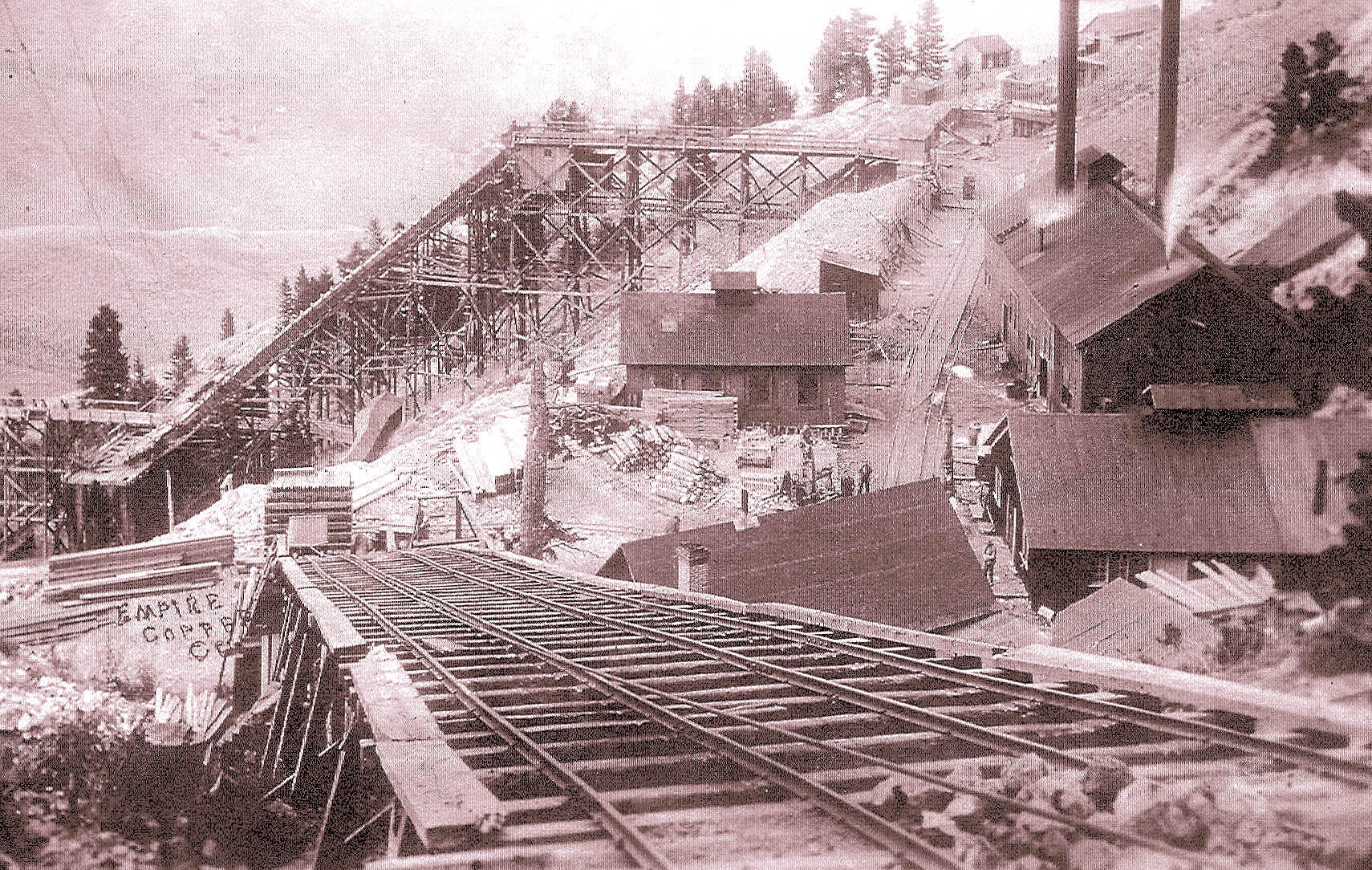 Albeta tunnel at 700 ft level Empire Mine c.1913