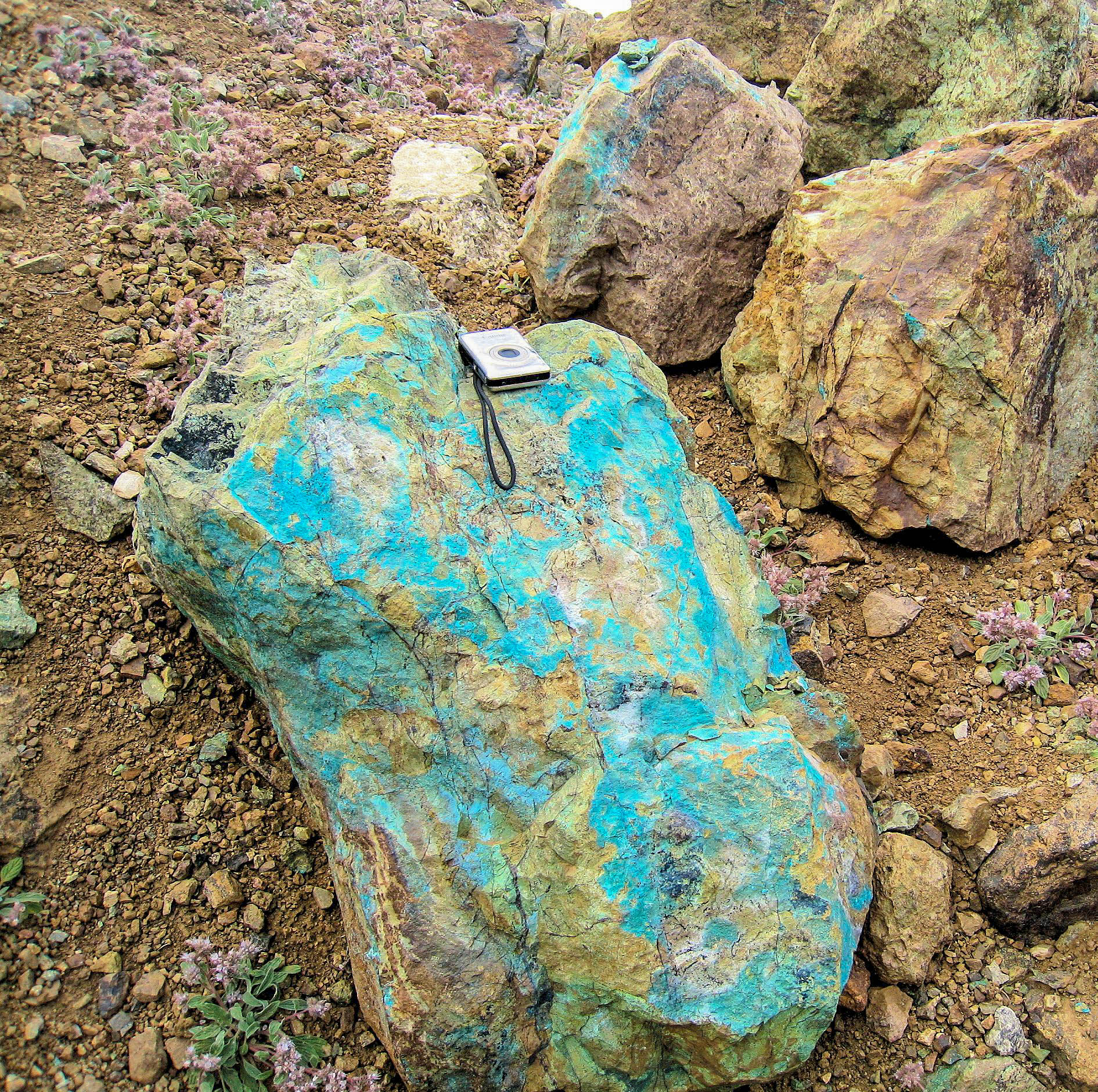 Copper oxide - malachite at Empire