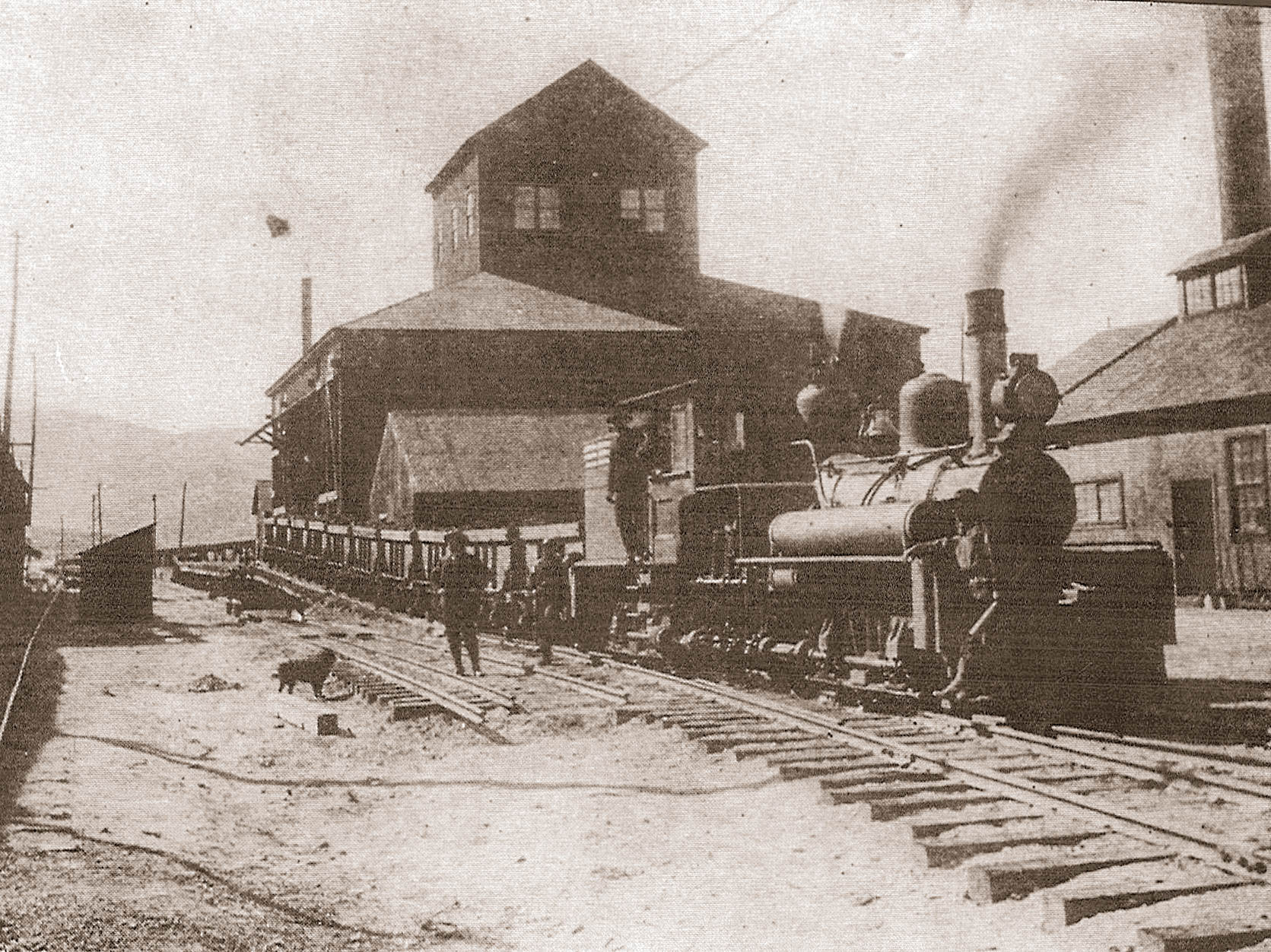 Rail load-out at Empire Mine c.1906