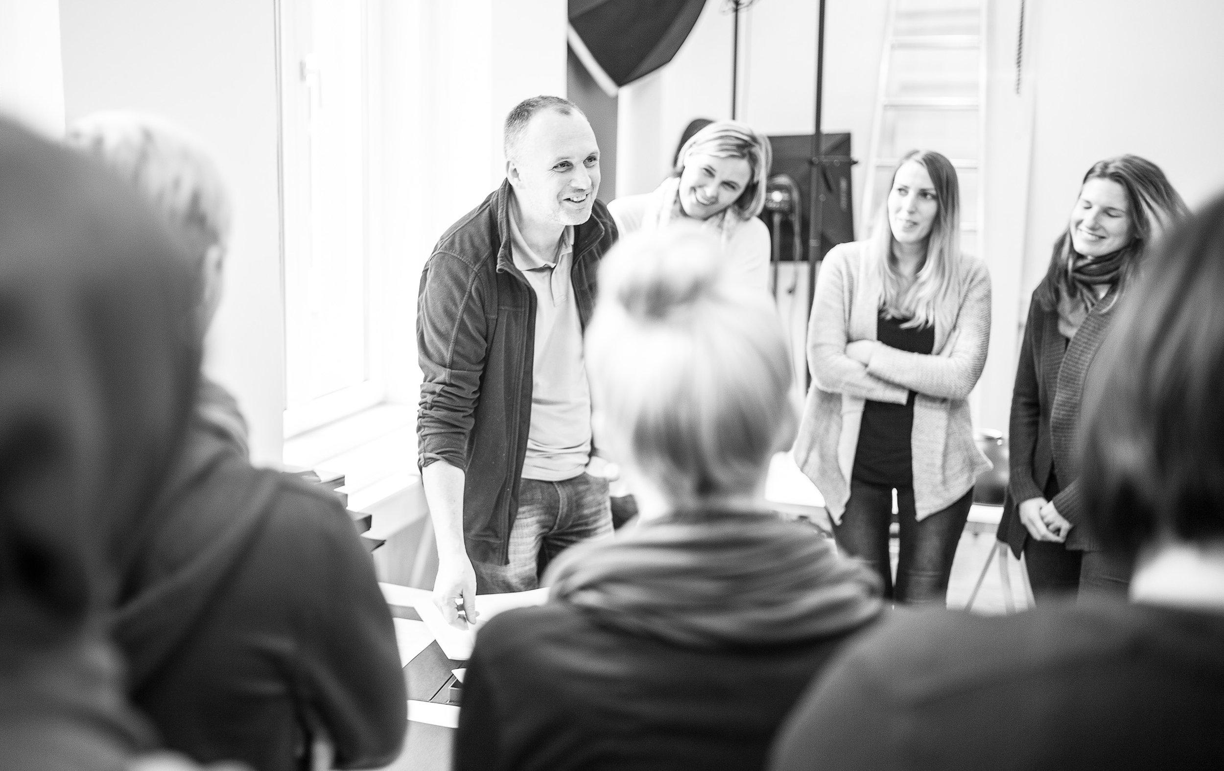 Teilnehmer/innen an der LIK Meisterklasse digitale Fotografie