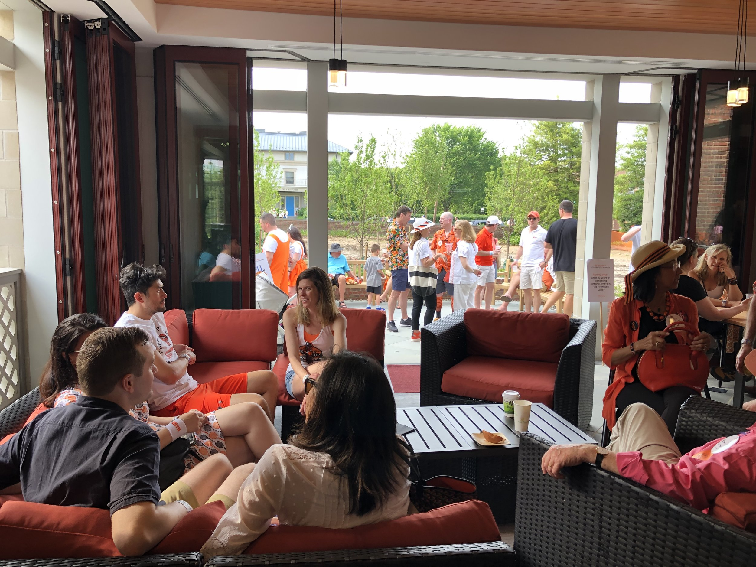 Alumni enjoying the Grand Opening after the P-rade