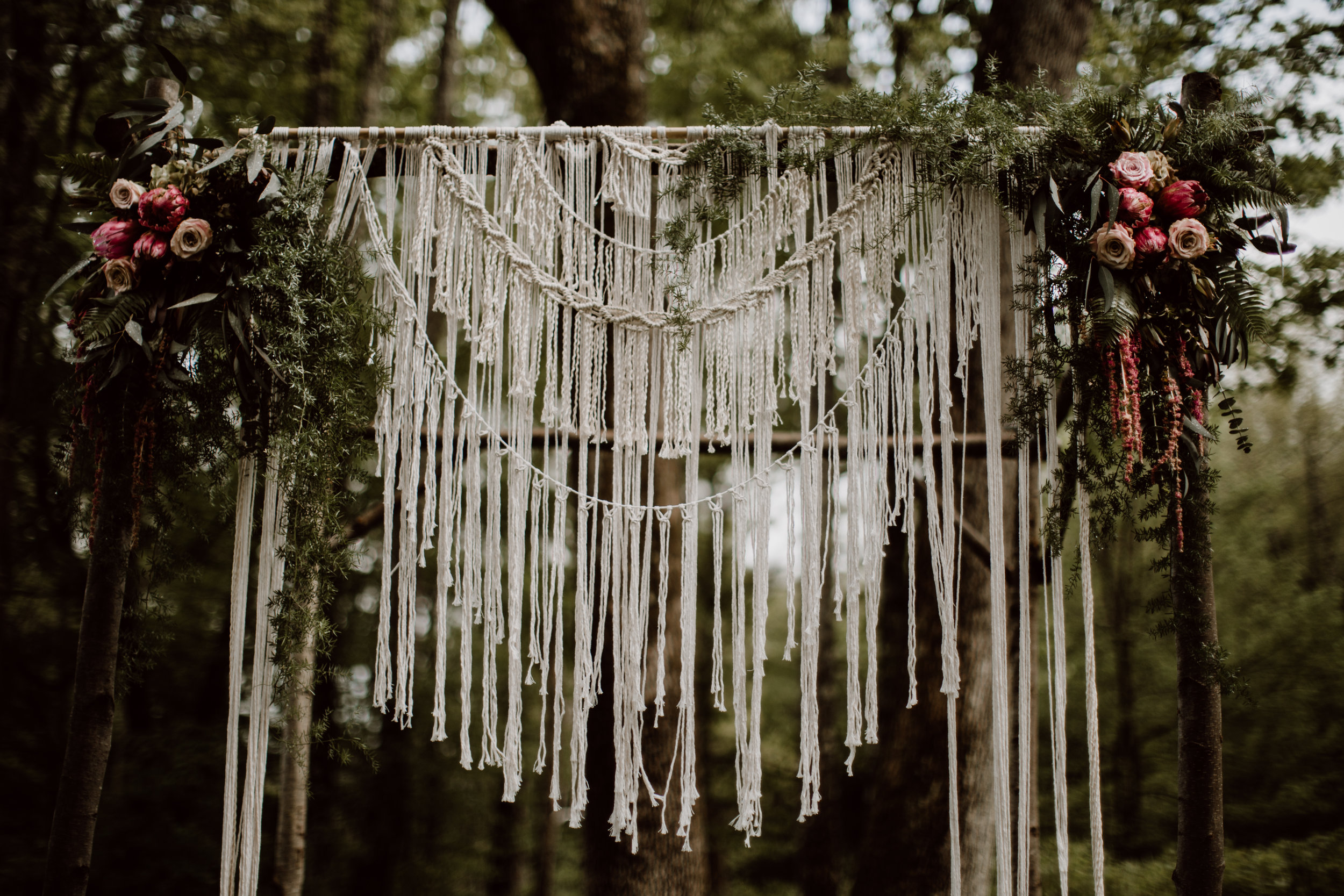 lovelybonesstudio_ceremony_macrame-3.jpg