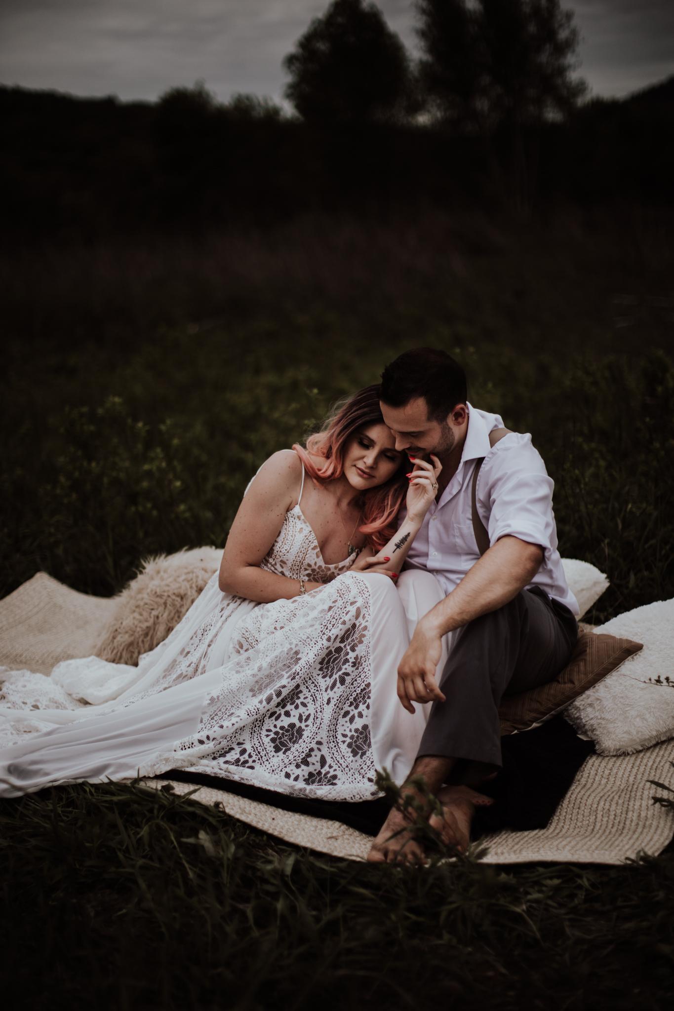 lovelybonesstudio_bridalphotography-30.jpg