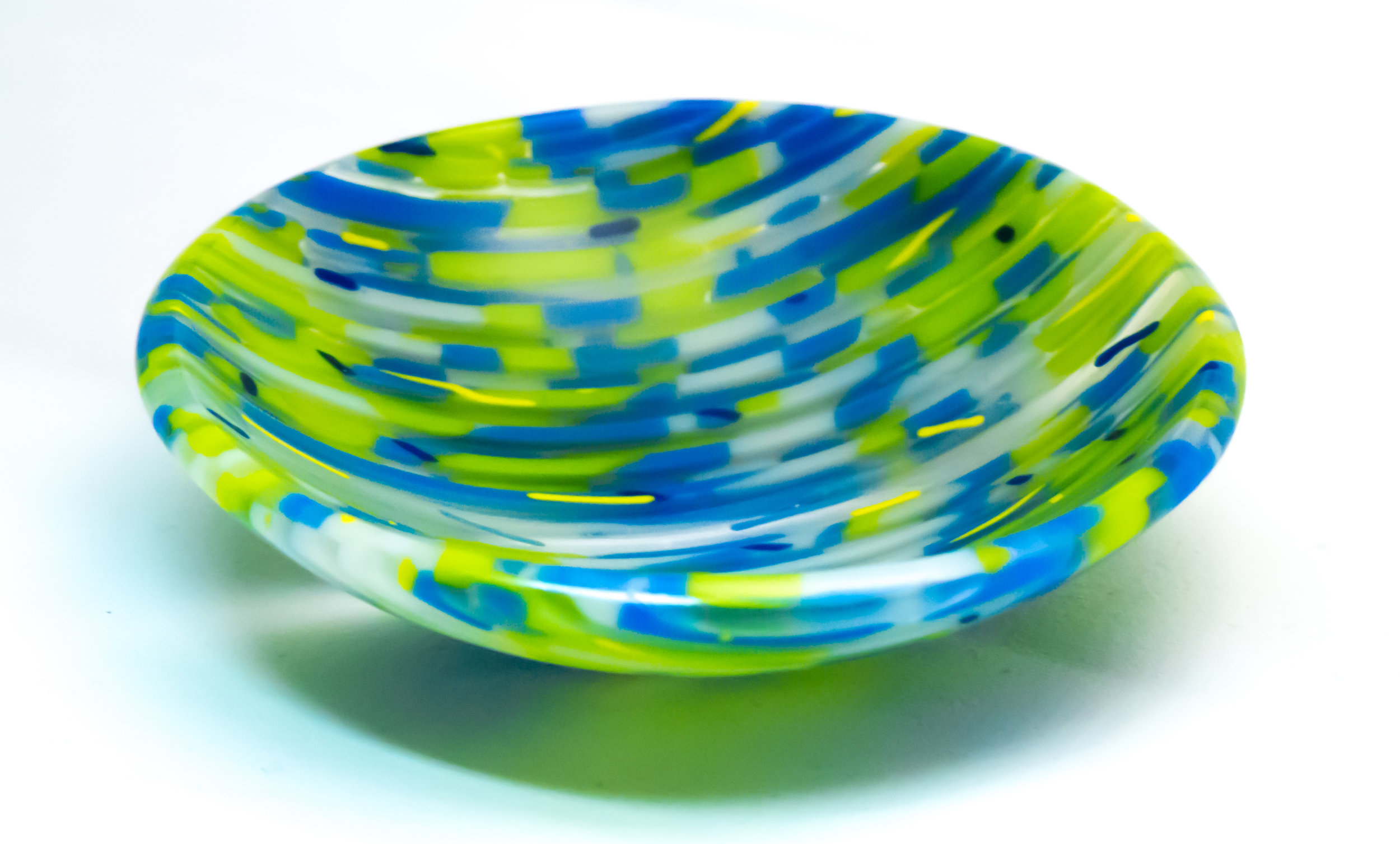 GBGlass - Glass inspired by geometric patterns in nature and architecture as well as contemporary design and re-occurring themes of colors